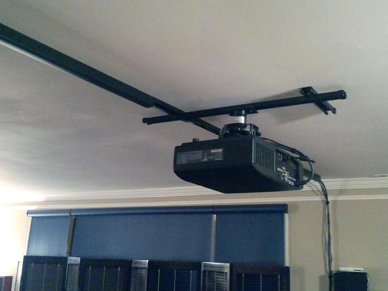 20131201-projector-mount-5.jpg