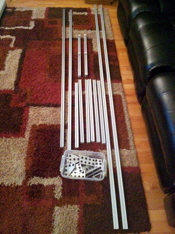 20131203-old-screen-stand-disassembled.jpg