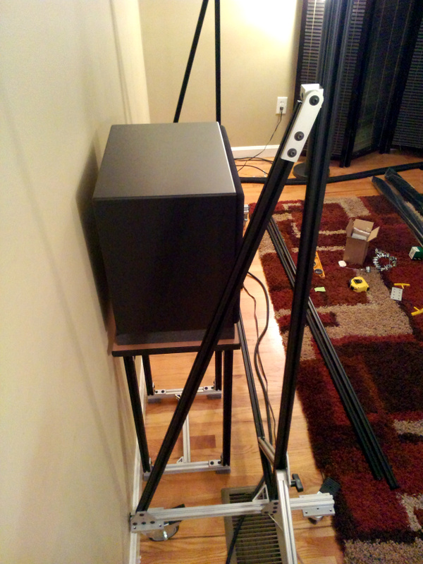20131204-screen-stand-assembled-side.jpg