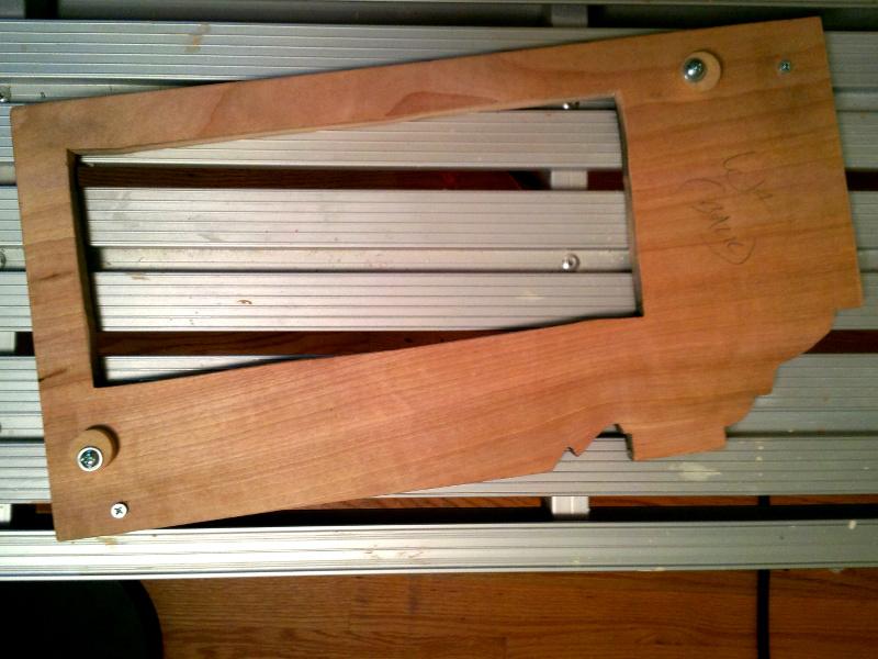 20131209-vent-box-faceplate-mountpoints.jpg