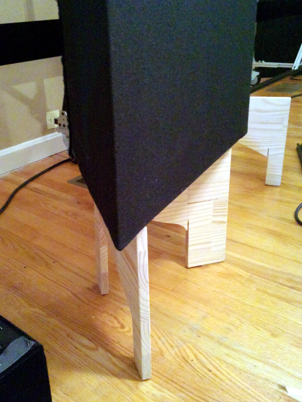 20131210-trap-stand-with-trap.jpg