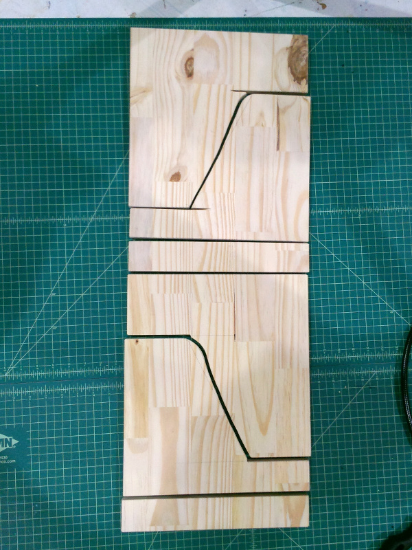 20131210-trap-stands-cutout.jpg