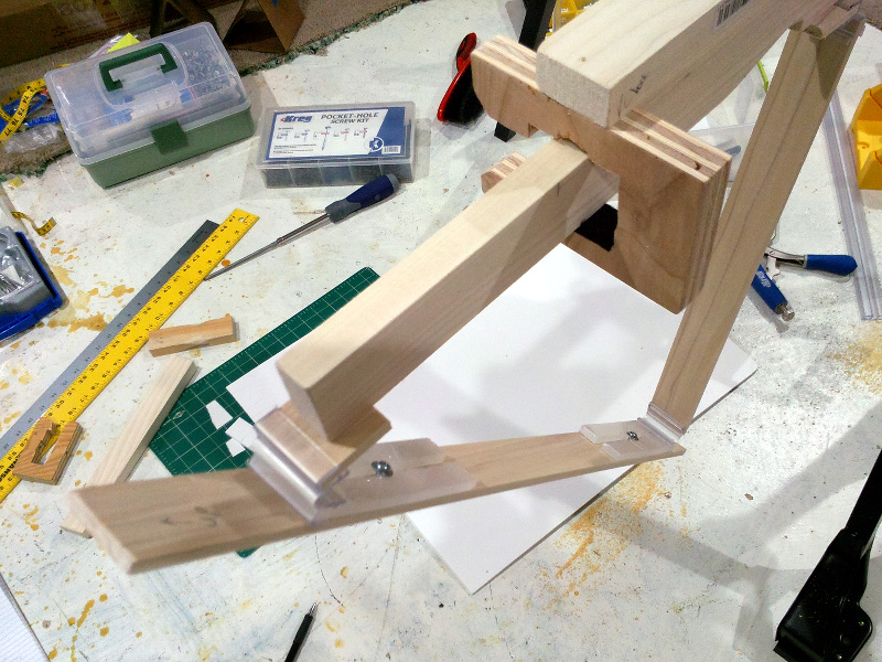 20131211-upper-panel-bracket-top-detail.jpg