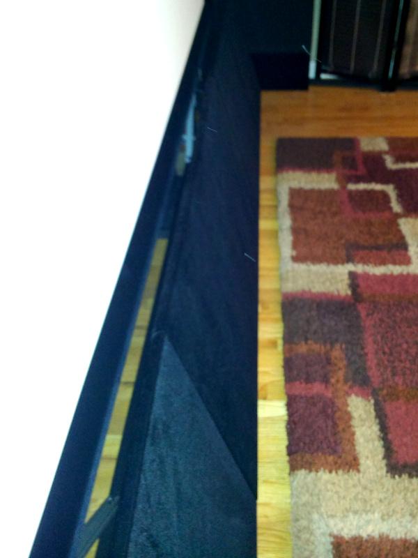 20131220-lower-panel-curtain-gap.jpg